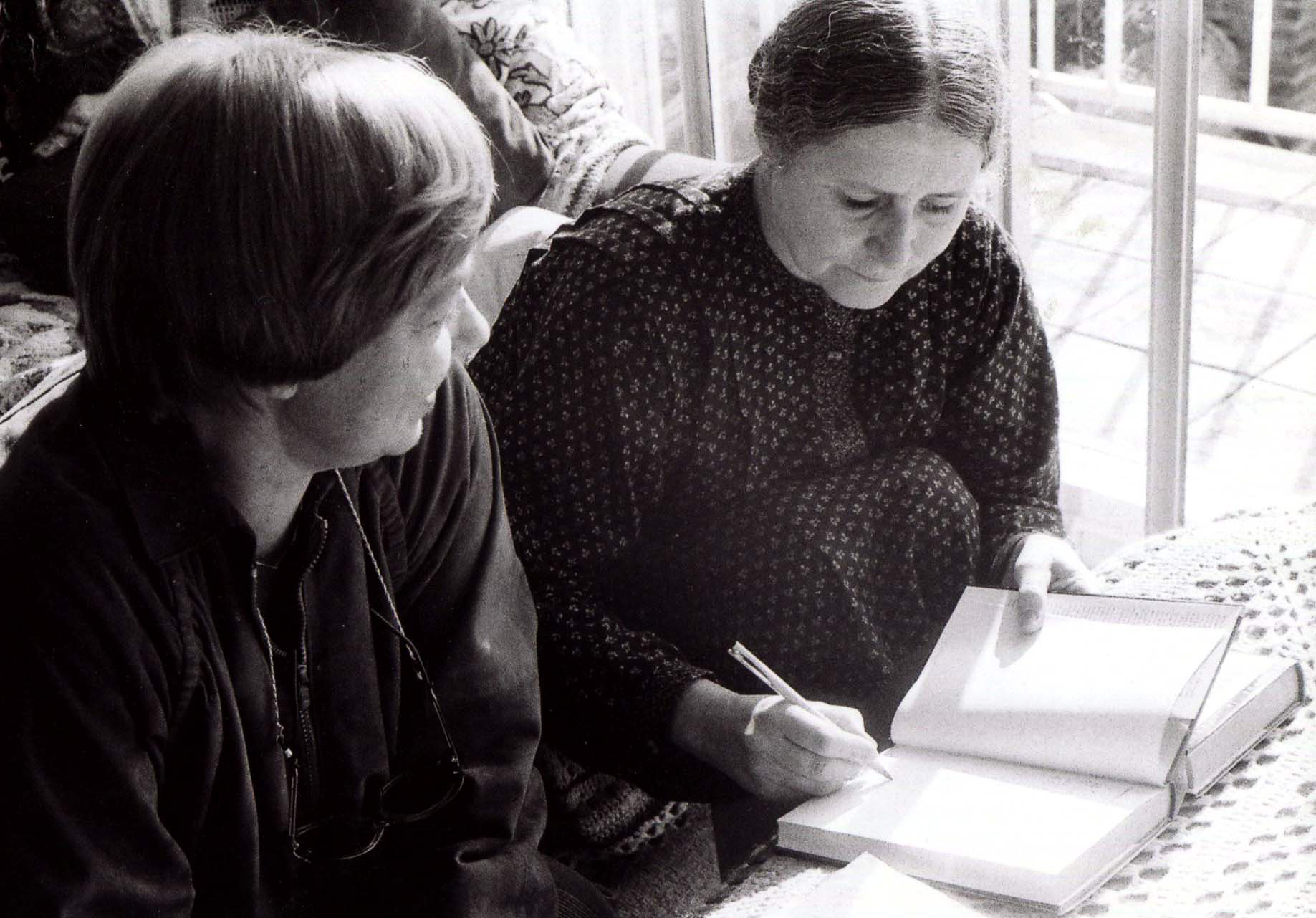 1981 LONDRES- MEW CON DORIS LESSING